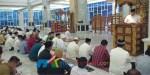 Ali Mazi saat membawakan sambutan dalam acara Dzikir Akbar pergantian tahun. (Foto Ewit Dinas Kominfo Sultra for mediakendari.com)