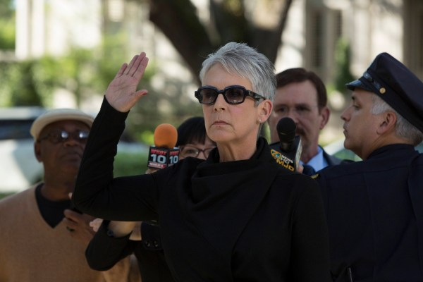 "SCREAM QUEENS: Jamie Lee Curtis as Dean Cathy Munsch in ""Pilot,"" the first part of the special, two-hour series premiere of SCREAM QUEENS airing Tuesday, Sept. 22 (8:00-10:00 PM ET/PT) on FOX. ©2015 Fox Broadcasting Co. Cr: Steve Dietl/FOX."