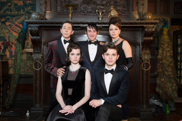 "GOTHAM: L-R: Gust star Paul Reubens, Robin Lord Taylor, and guest stars Melinda Clarke, Kaley Ronayne and Justin Mark in the ""Wrath of the Villains: Mad Grey Dawn"" episode of GOTHAM airing Monday, March 21 (8:00-9:01 PM ET/PT) on FOX. ©2016 Fox Broadcasting Co. Cr: Cara Howe/FOX"