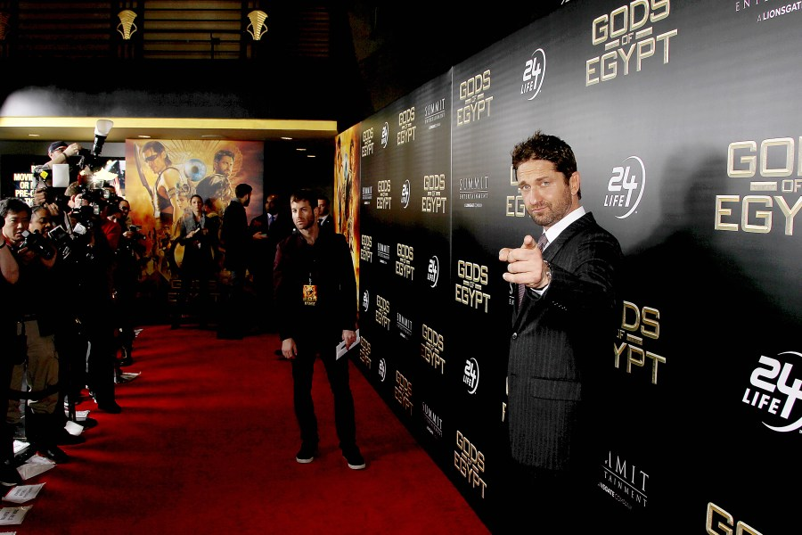 Gerard Butler at the premiere of 'Gods of Egypt'