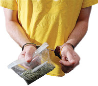 marijuana smoker arrested every 38 seconds in US