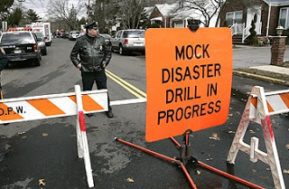fema suspends topoff, saic drops out of competition