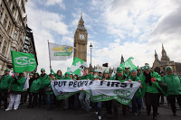 london protest sparks fears of riots