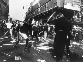 mi5 alert on bank riots