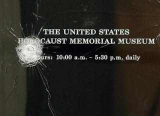retired navy captain attacks holocaust museum