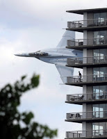 picture this: f18 buzzes detroit apartment