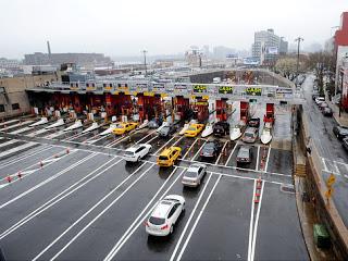 mta cuts weekend surveillance at vulnerable verrazano bridge, queens-midtown tunnel