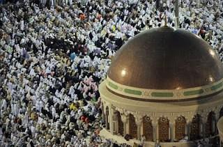 2.5m pilgrims arrive in mecca for annual hajj that begins nov4