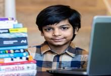 طفل من أصول آسيوية أصغر مبرمج للذكاء الاصطناعي في العالم