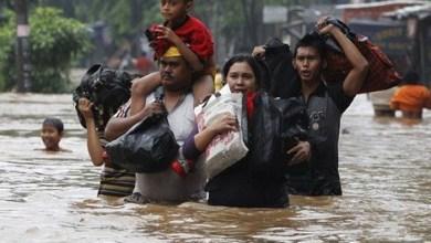 فيضانات في إندونيسيا تجبر الآلاف على النزوح