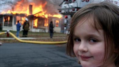 """بيع صورة """"فتاة الكوارث"""" الأصلية بنصف مليون دولار"""