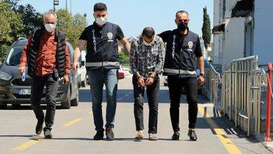 تحت تأثير المخدرات تركي يقتل والده وشقيقه طعناً بالسكن