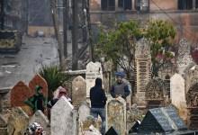 القوات الروسية تمنع أهالي مخيم اليرموك من زيارة قبور الموتى