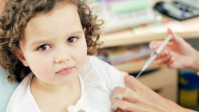 مطالبات لتطعيم الأطفال في الولايات المتحدة عقب اقتراب المدارس