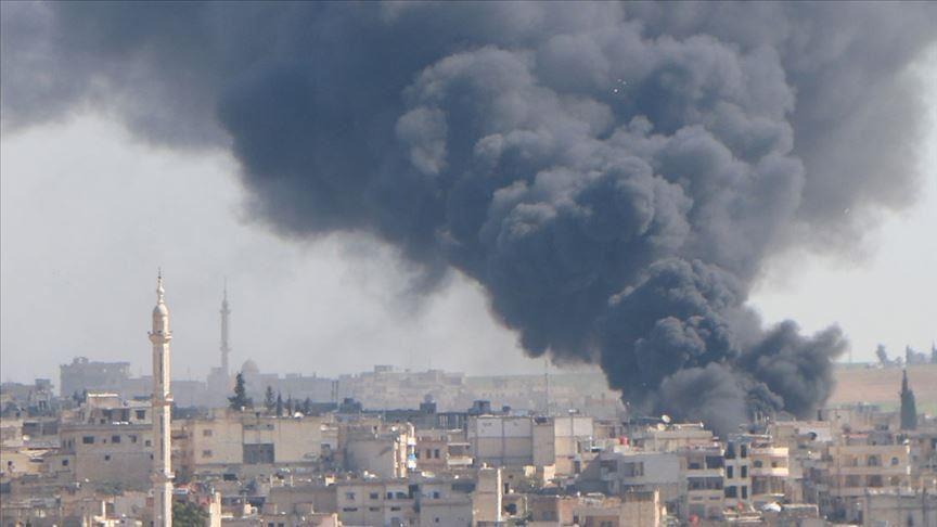 قوات النظام السوري المدعومة روسياً تقصف شمال سوريا بعشرات القذائف