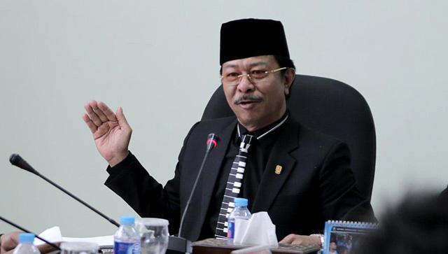 Ketua DPRD Provinsi Kepri Jumaga Nadeak