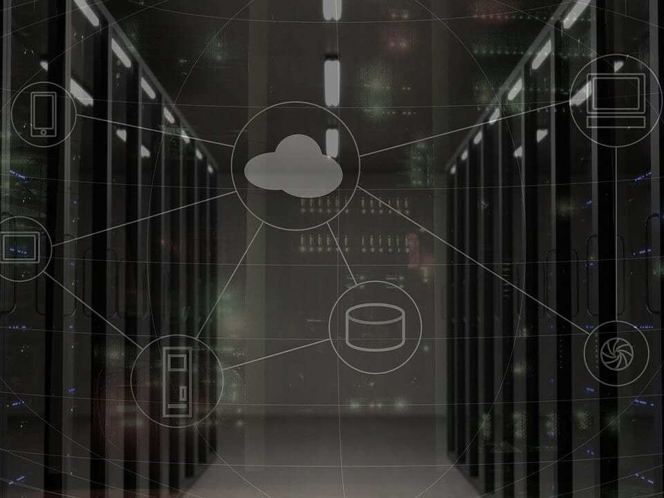 difference in web servers and hosting packages