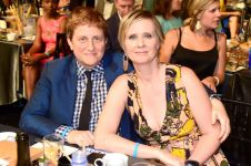 Tax returns show Cynthia Nixon and wife earned more than $600G