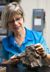 A Rock Used as a Doorstop Turned Out to Be a Meteorite Potentially Worth $100,000