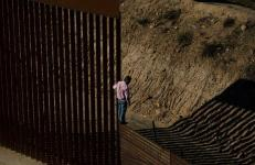 Trump's Claim of Terrorists Streaming Over Border 'Simply Isn't True,' Experts Say
