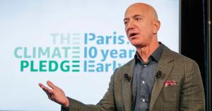 Amazon promises to use only renewable energy in 10 years