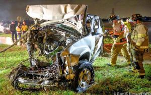 Man dies after car flips over guardrail and into Trinity River, Fort Worth police say