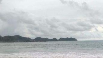 Pantai Lhoknga Aceh Dengan Sejuta Ombak Nan Mempesona 2