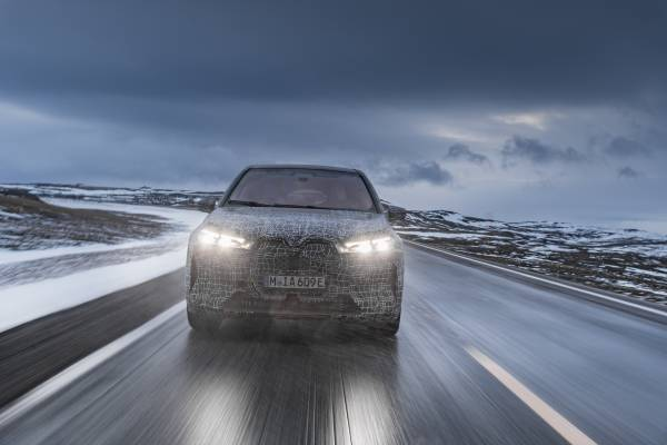 The first BMW iX: test drive to the north cape (12/2020).