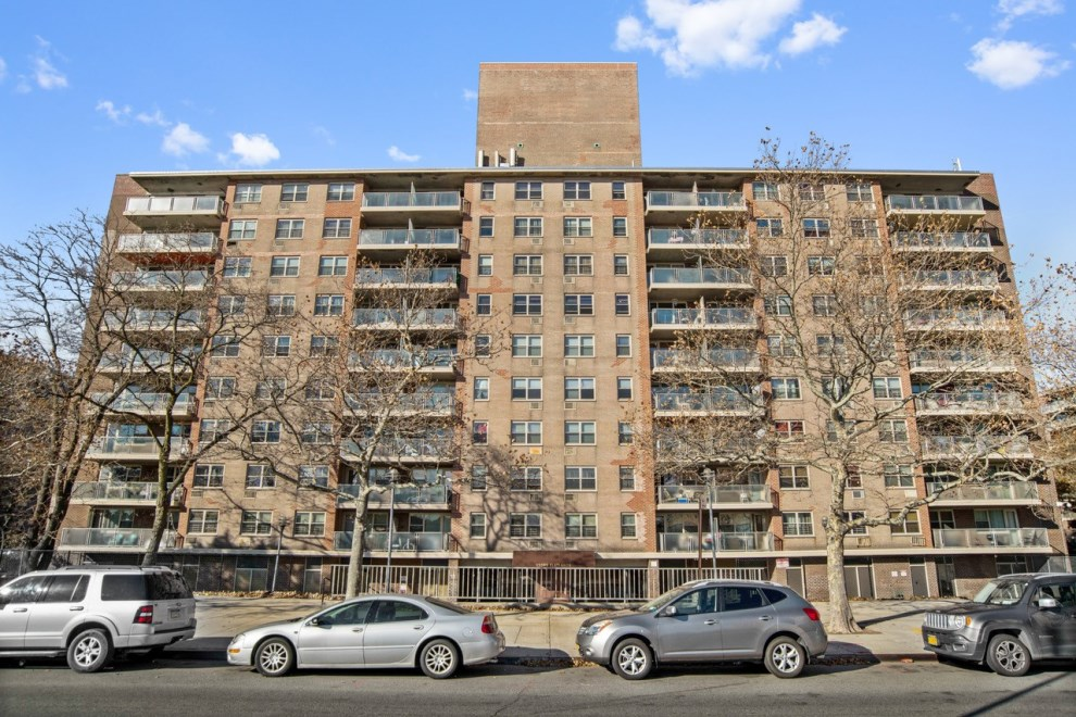 Corcoran, 12399 Flatlands Avenue, Apt. 4C, East New York