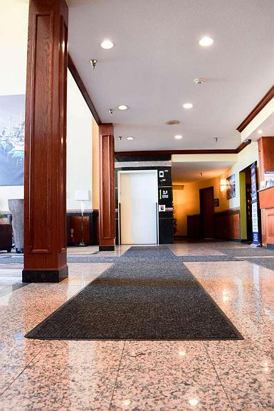 hotel in warwick best western airport inn