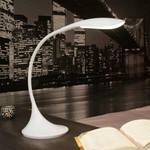 Lampe Blanche Design Flexible Idale Pour Un Bureau