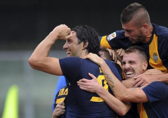Auteur de quatre buts en Serie A, Luca Toni n'est pas étranger au bon début de saison du Hellas Vérone. (Photo Maxppp)
