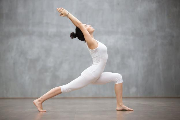 All sports - Well-being - 5 yoga postures to perform before an outing on the slopes. (Shutterstock)