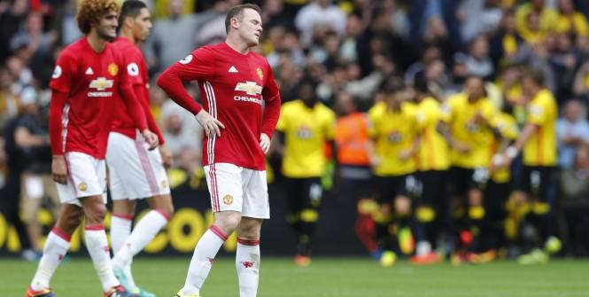 Football - Football - Journée noire pour United. (E. Keogh/Reuters)