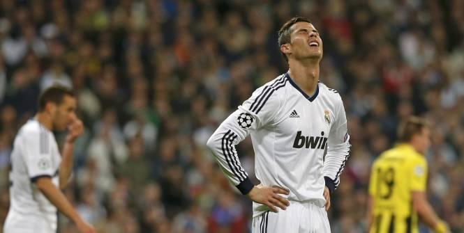 Cristiano Ronaldo dépité. Il n'a manqué qu'un but à son équipe pour renverser la vapeur. (Reuters)