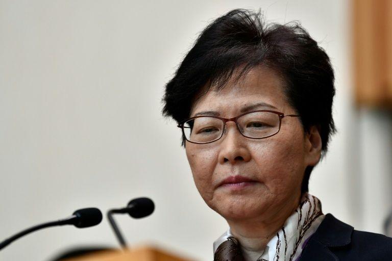 Carrie Lam, la cheffe de l'exécutif de Hong Kong, lors d'une conférence de presse le 5 août 2019