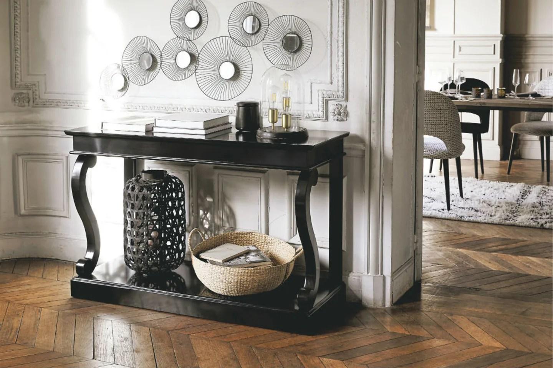 Come arredare l'ingresso di casa: Arredare L Ingresso I Mobili Giusti Per Un Ingresso Moderno Maisons Du Monde