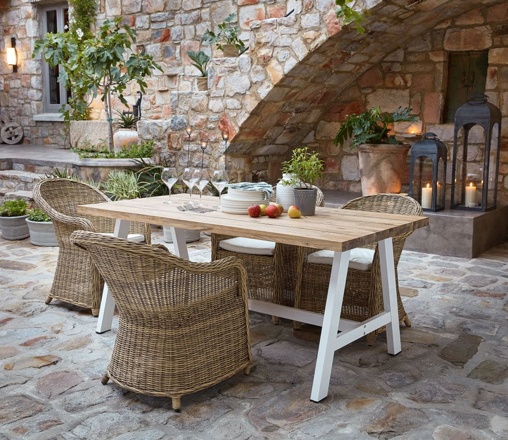 White Metal And Acacia 6 8 Seater Garden Table W 180 Cm