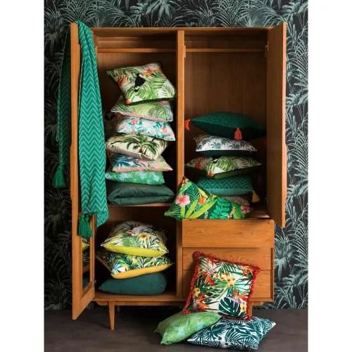 coussin de jardin en tissu imprime tropical 45x45 maisons du monde