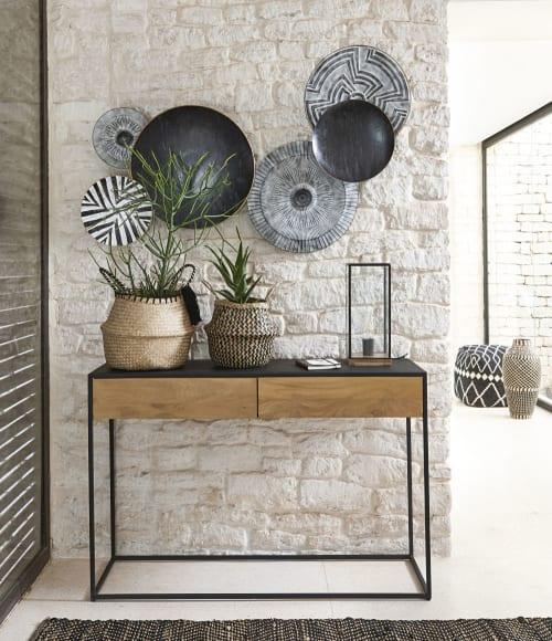 Trova una vasta selezione di maison du monde a altri articoli per la decorazione della casa a prezzi vantaggiosi su ebay. Decorazione Da Parete In Metallo Nero E Grigio Inciso 86x138 Cm Luanda Maisons Du Monde