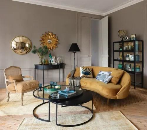 Dai un'occhiata ai nostri mobili e oggetti decorativi e fai i pieno di ispirazione! Divano Vintage 3 4 Posti Giallo In Velluto Glover Maisons Du Monde