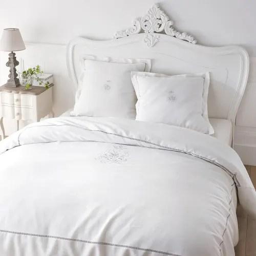 ¡descubre nuestro catálogo online para business! Mango Wood Bedside Table With Drawers In White W 48cm Martigues Maisons Du Monde