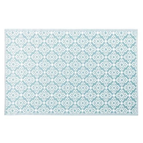 outdoor teppich blau mit weissen grafikmotiven 180x270 maisons du monde