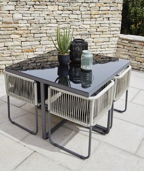 table de jardin avec 4 chaises en resine l 107 maisons du monde
