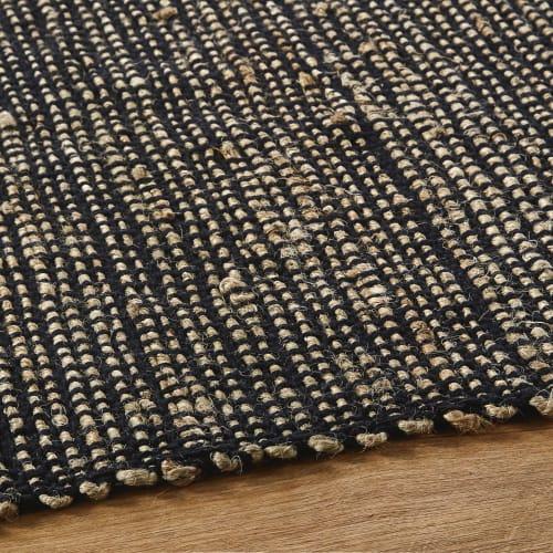 tapis fait main en jute et coton recycle noirs 160x230 maisons du monde