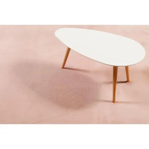 tapis effet peau de lapin doux tufte rose pour salon chambre 200x200 maisons du monde