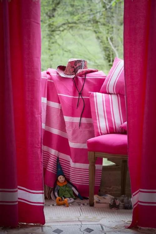 casablanca rideau ajustable coton fushia et blanc 140 x 210 a 240 maisons du monde