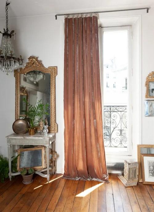 rideau en velours de soie double 110x300 cm taupe maisons du monde