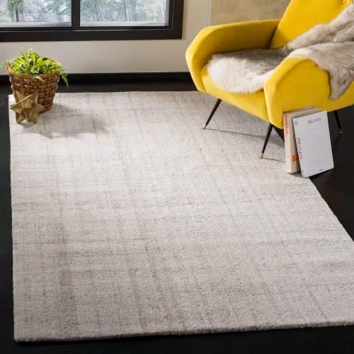 tapis de salon abstrait gris clair 152x243 maisons du monde