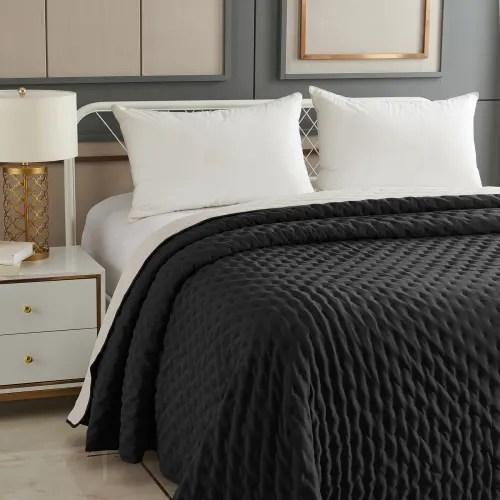 dessus de lit matelasse reversible polyester gris 260x240 maisons du monde